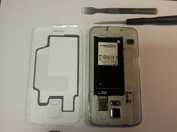Guide de démontage et réparation du Samsung Galaxy S5 SM-G900F étape 1