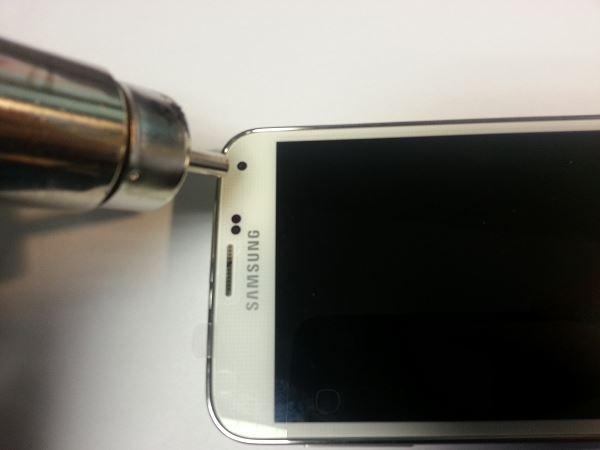 Guide de démontage et réparation du Samsung Galaxy S5 SM-G900F étape 12