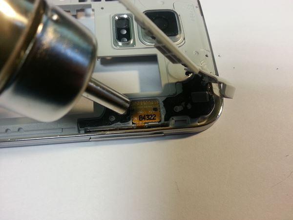 Guide de démontage et réparation du Samsung Galaxy S5 SM-G900F étape 31