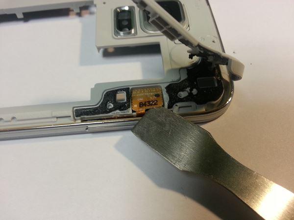 Guide de démontage et réparation du Samsung Galaxy S5 SM-G900F étape 32