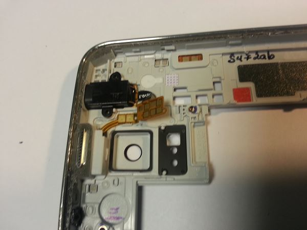 Guide de démontage et réparation du Samsung Galaxy S5 SM-G900F étape 35