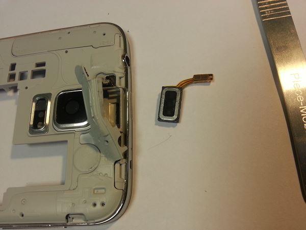Guide de démontage et réparation du Samsung Galaxy S5 SM-G900F étape 53