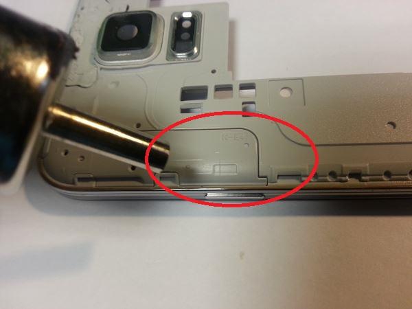 Guide de démontage et réparation du Samsung Galaxy S5 SM-G900F étape 56