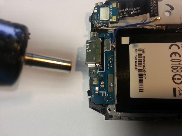 Guide de démontage et réparation du Samsung Galaxy S5 SM-G900F étape 74