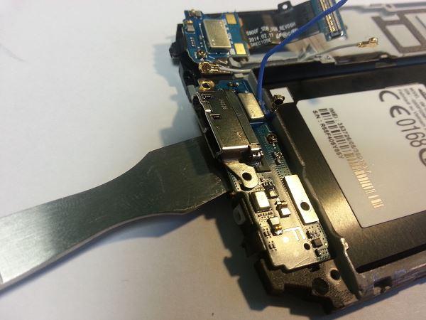 Guide de démontage et réparation du Samsung Galaxy S5 SM-G900F étape 75